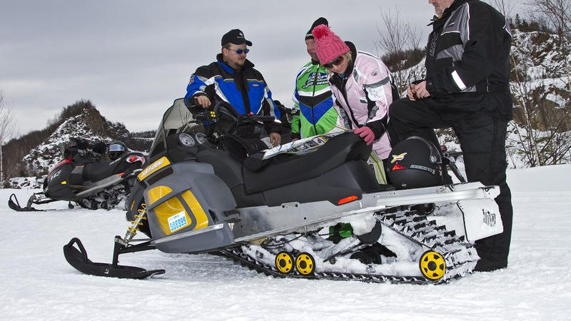 How to Make Yourself Ready for Snowmobile Riding Season?